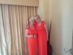 Look alike dresses (Ha)